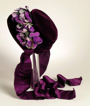 ★ 1860s Purple Velvet Floral Bonnet