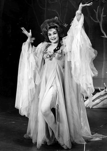 M'el Dowd as Morgan le Fay in 'Camelot'