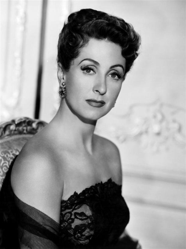 Danielle Darrieux in 'Five Fingers' (1952)
