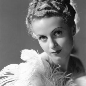 ★ Silver Screen Stars: Danielle Darrieux