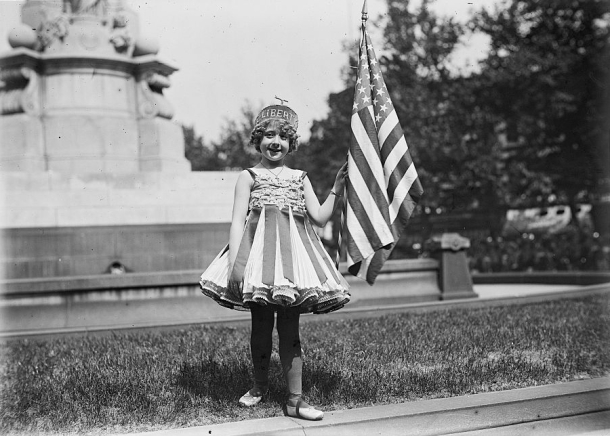 fourth_of_july_child_as_lady_liberty