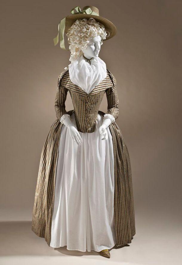 Woman's Redingote, c.1790 - LACMA (M.2009.120)