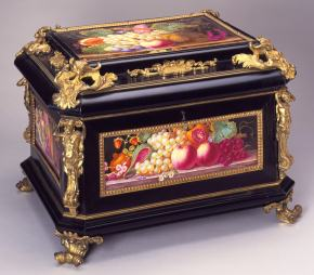 ★ Decorative Casket with Plaques (c.1815)