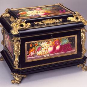 ★ Decorative Casket with Plaques(c.1815)