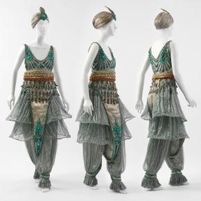 ★ Fancy-Dress Costume by Paul Poiret(1911)