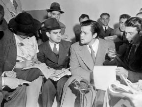 ★ Press Talk to Orson Welles About 'The War of the Worlds'(1938)