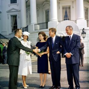 ★ Astronaut Alan Shepard Meets Pres. John F. Kennedy(1961)